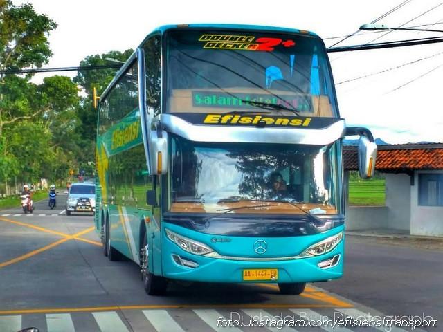 Tampilan Bus Double Decker Efisiensi