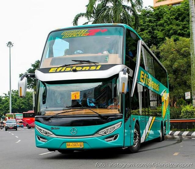 Foto Bus Tingkat Efisiesi